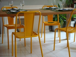 6 chaises Tolix - vendues par paire - 130 € l'unité